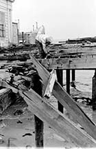 Jetty Demolition 1985 [John Robinson] | Margate History